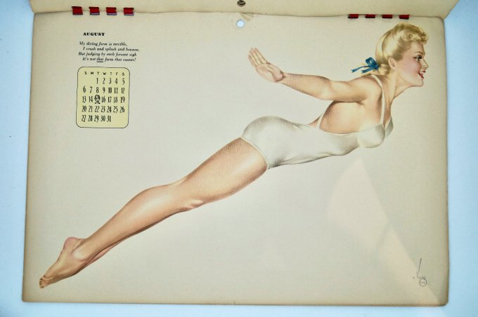 CALENDRIER PIN UP VARGA 1944